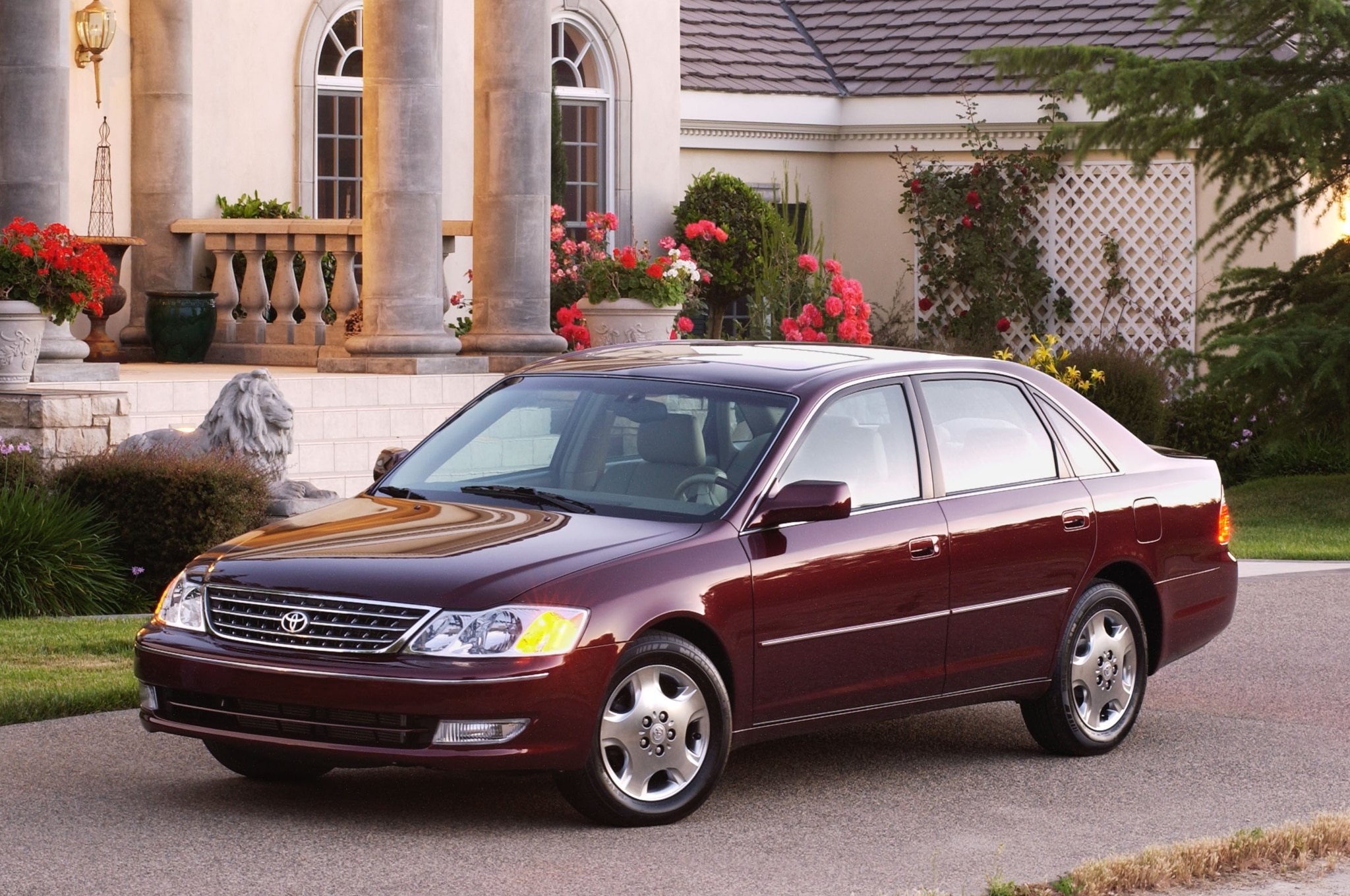 2003 Toyota Avalon Front Three Quarter 21