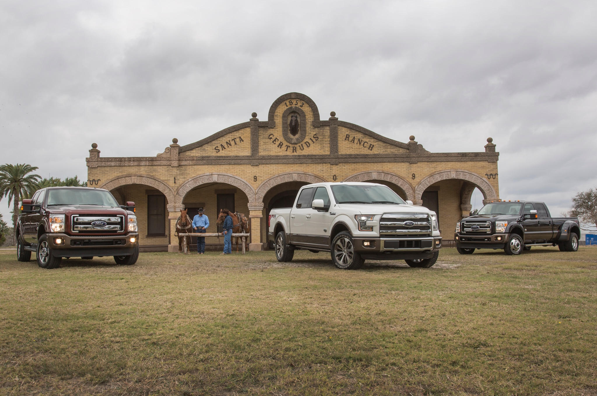2015 Ford F Series King Ranch Line Up1