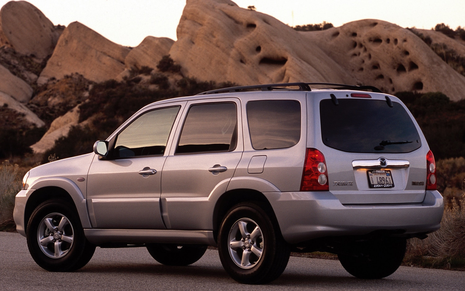Mazda Dealers In Ohio >> Recall Central: 2001-2004 Mazda Tribute, 2013-2014 Jaguar ...