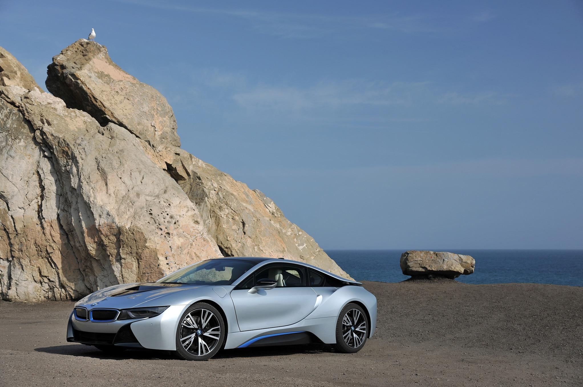 2014 BMW i8 Review - Automobile Magazine