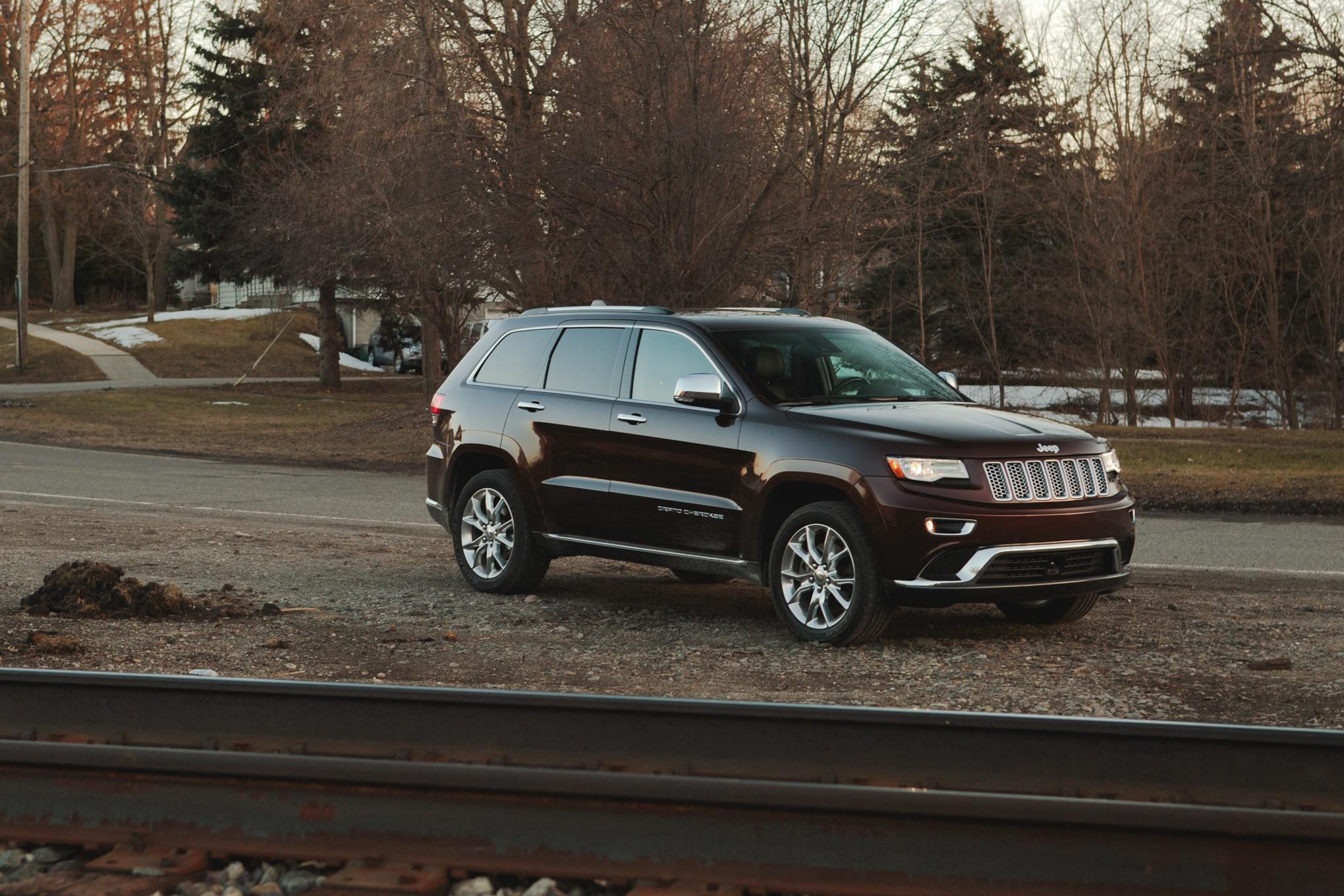 2014 Jeep Grand Cherokee EcoDiesel: Around The Block