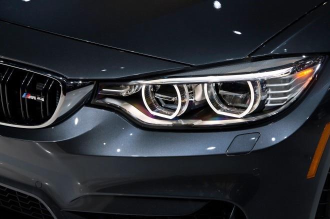 2015 BMW M4 convertible headlight