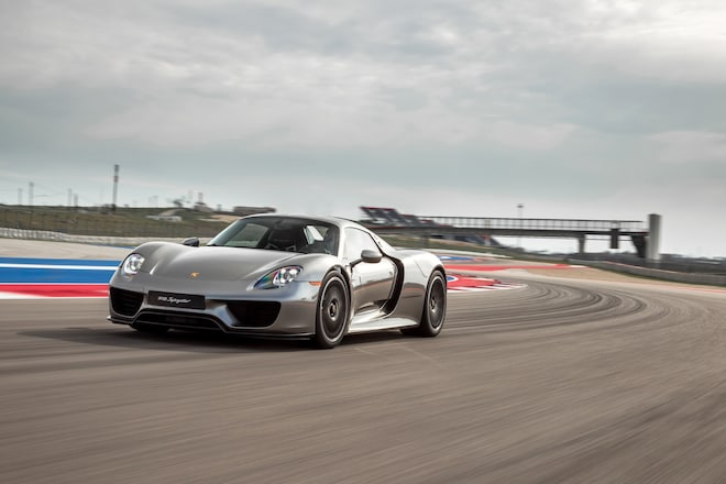 2015 Porsche 918 Spyder Front Three Quarter In Motion 021