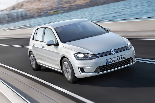 2015 Volkswagen E Golf Front Three Quarters1