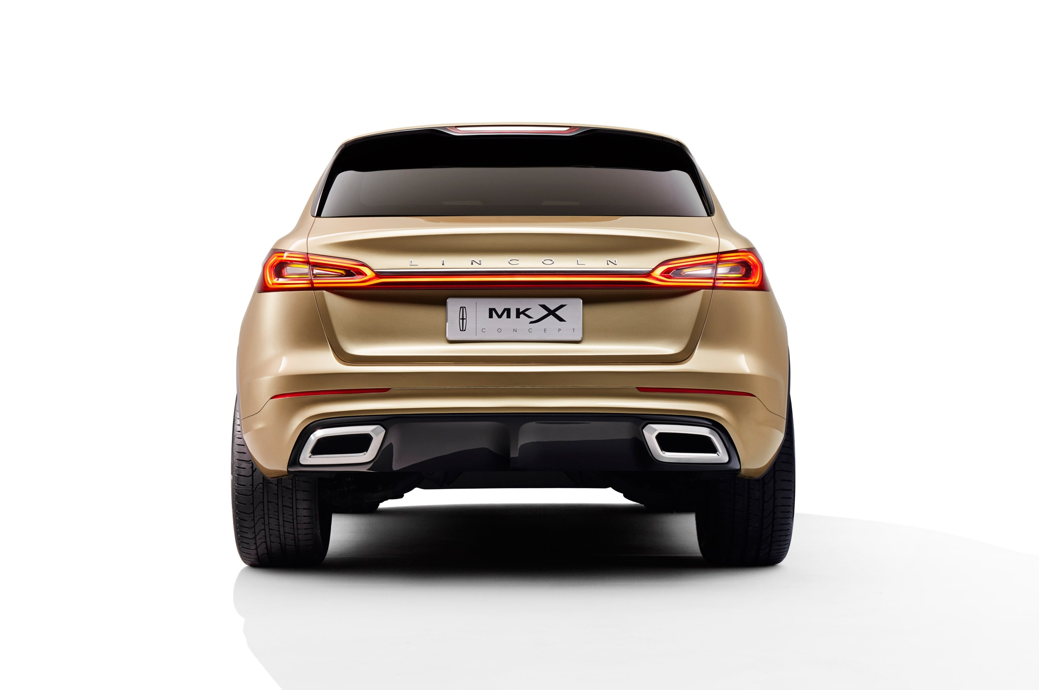 https://st.automobilemag.com/uploads/sites/11/2014/04/Lincoln-MKX-Concept-rear-end-02.jpg