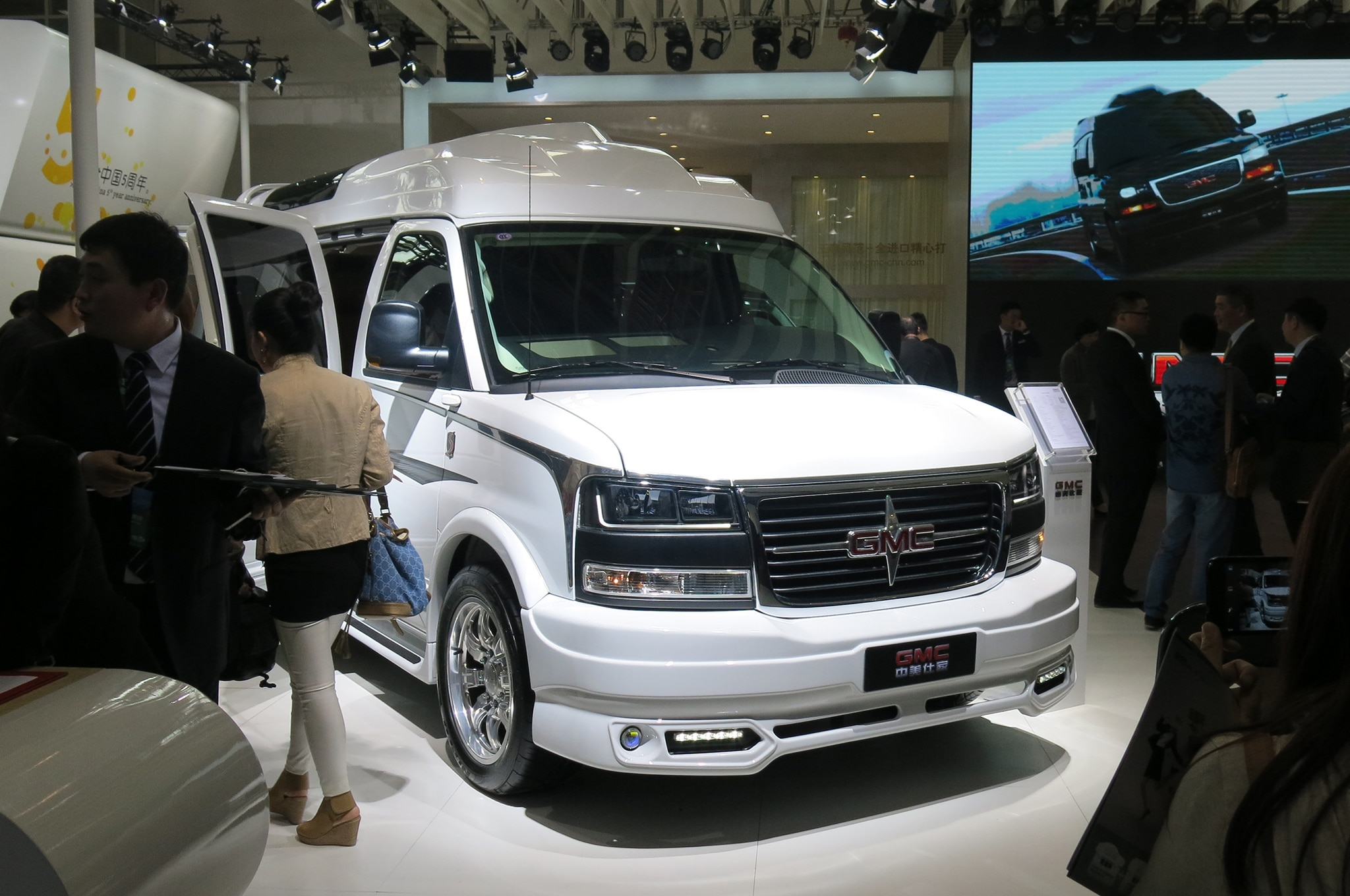 Sprinter Conversion Van >> 2014 Beijing Auto Show Hits, Misses and Revelations - Automobile