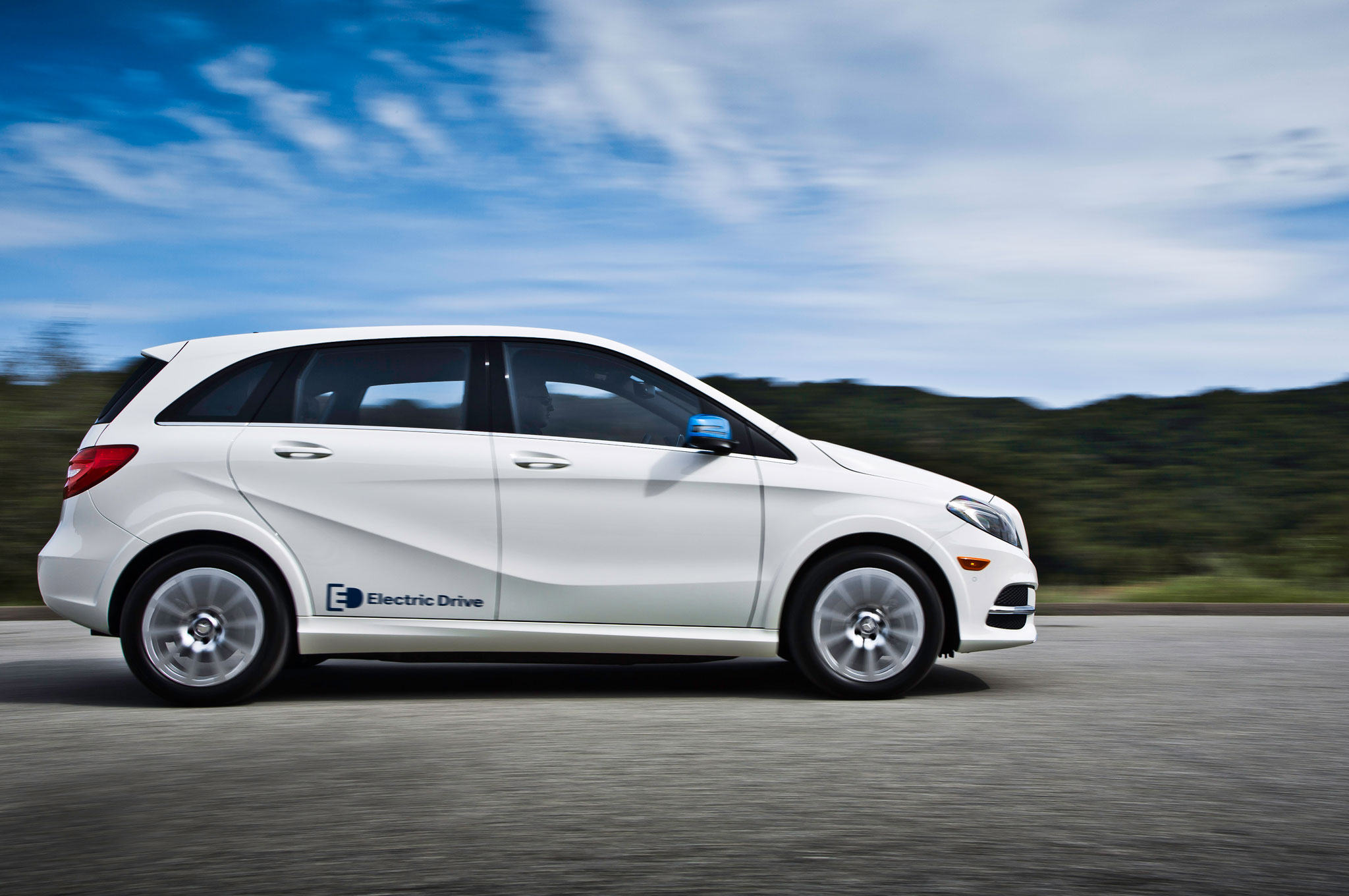 2014 Mercedes Benz B Class Electric Drive Review Automobile Magazine