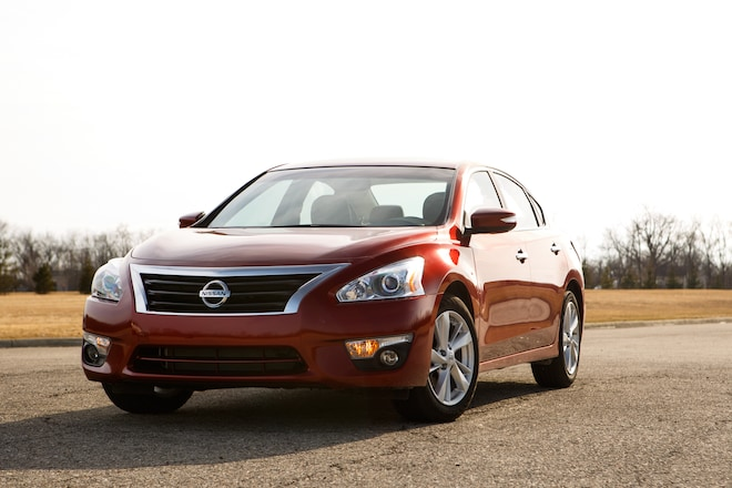 2014 Nissan Altima SL Front End