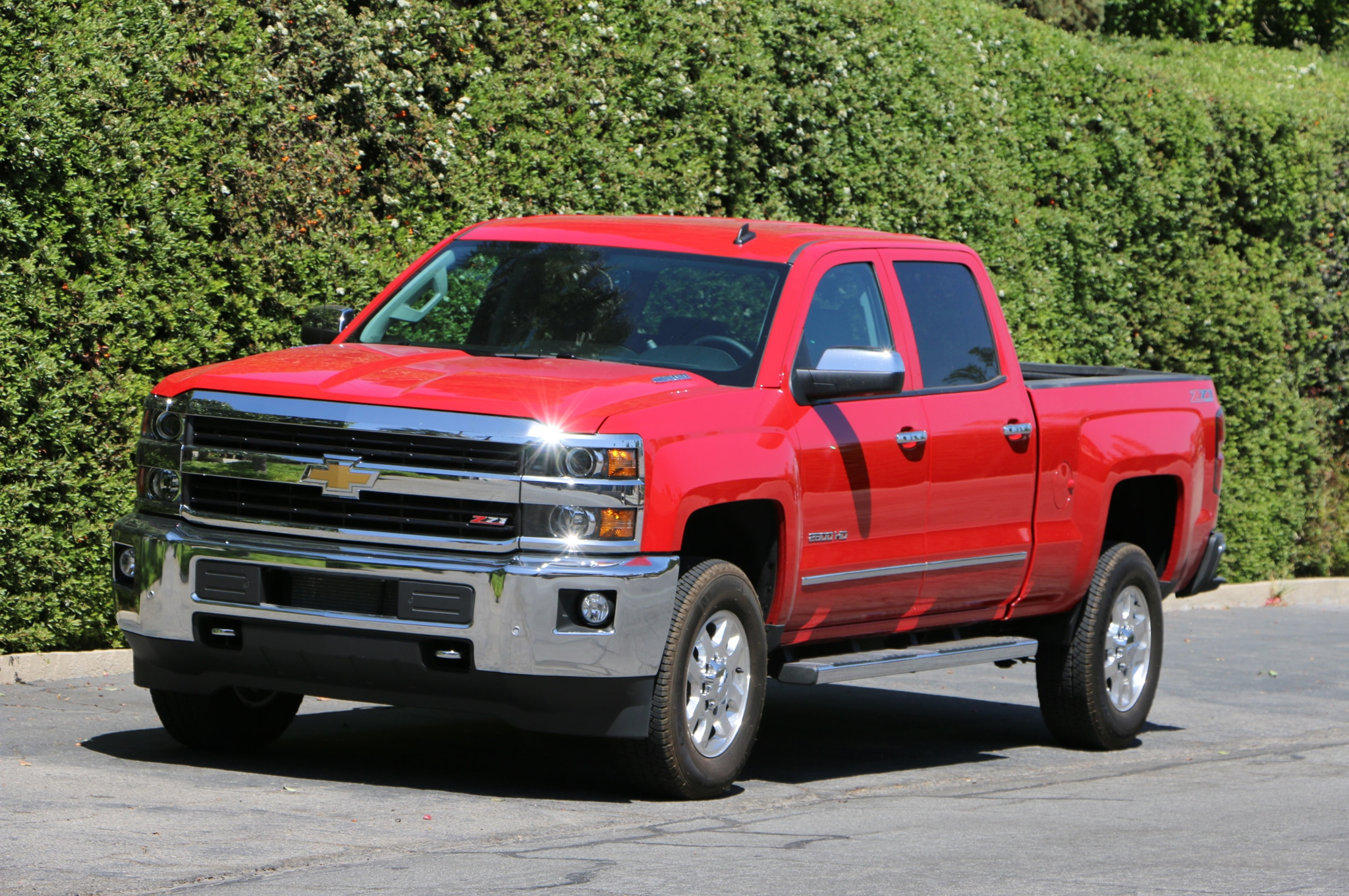 2015 Chevrolet Silverado 2500 4WD LTZ Crew Cab: Around The ...