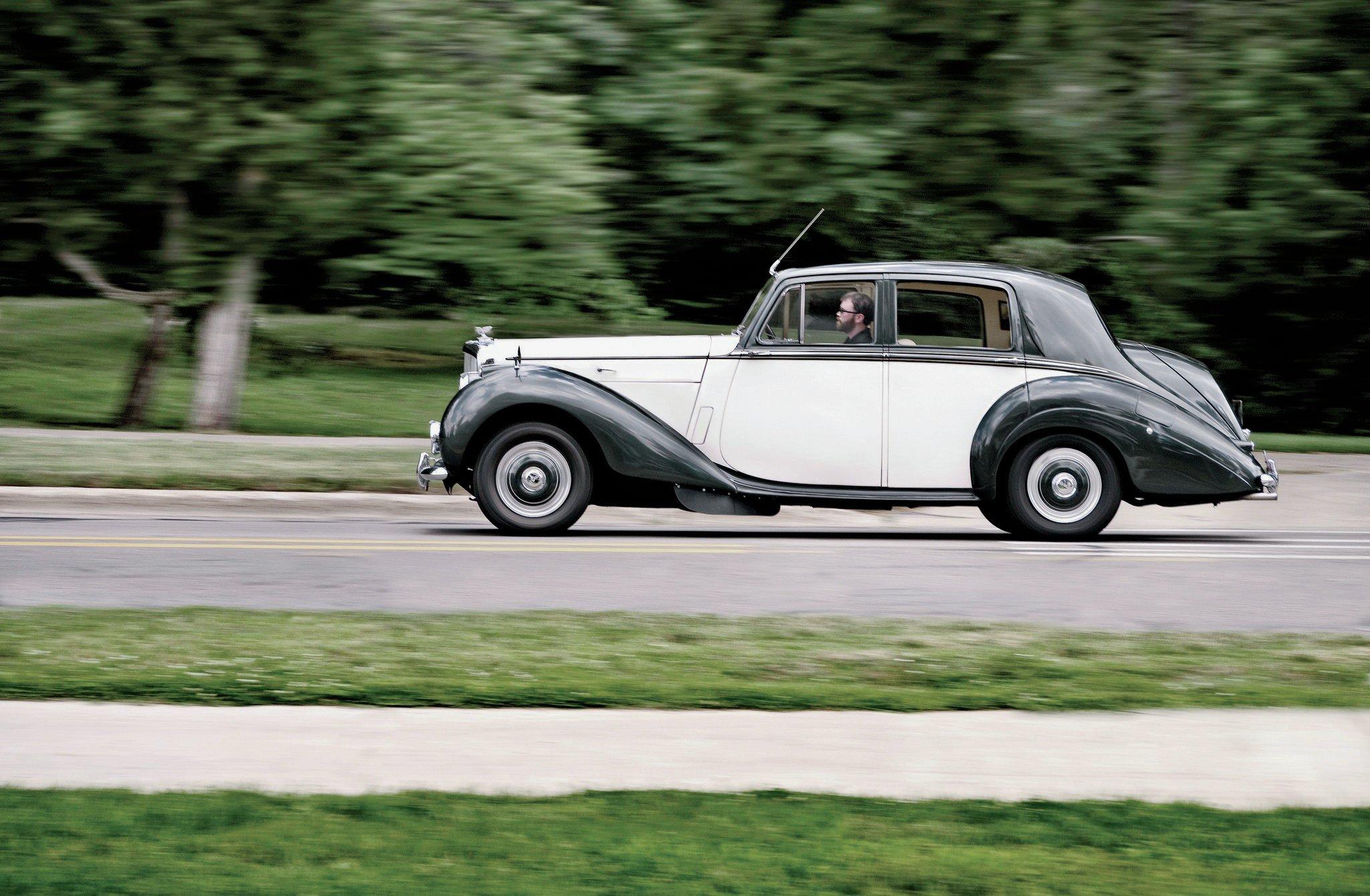 1953 Bentley R Type Profile1