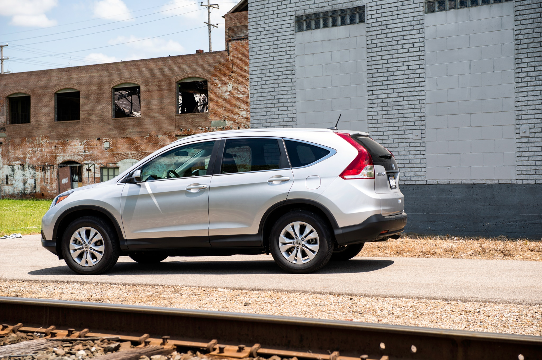 Seven Up: Picking the Best Compact SUV - Automobile Magazine