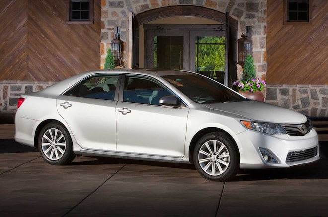 2014 Toyota Camry Profile
