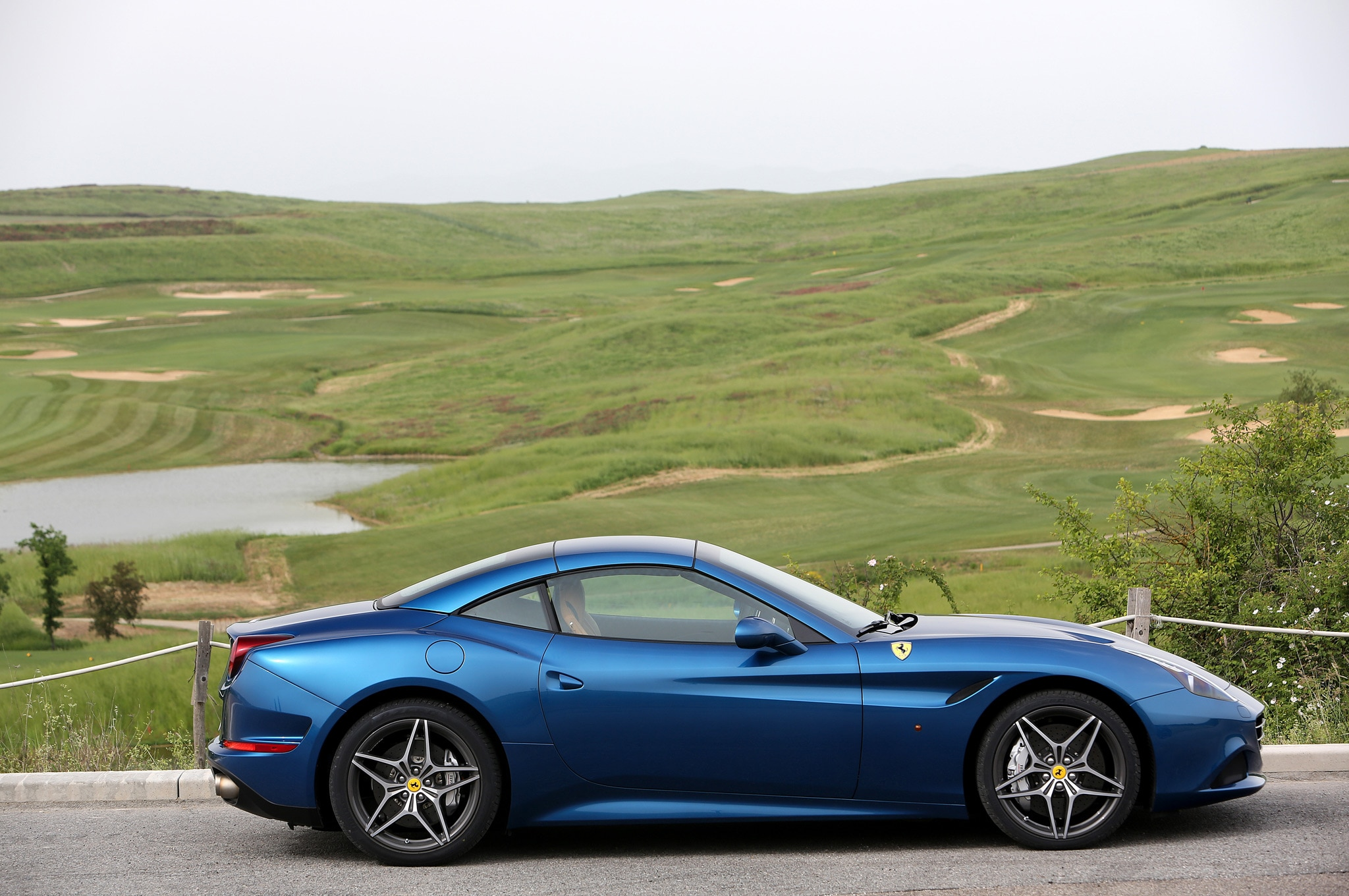 2015 Ferrari California T Top Up2