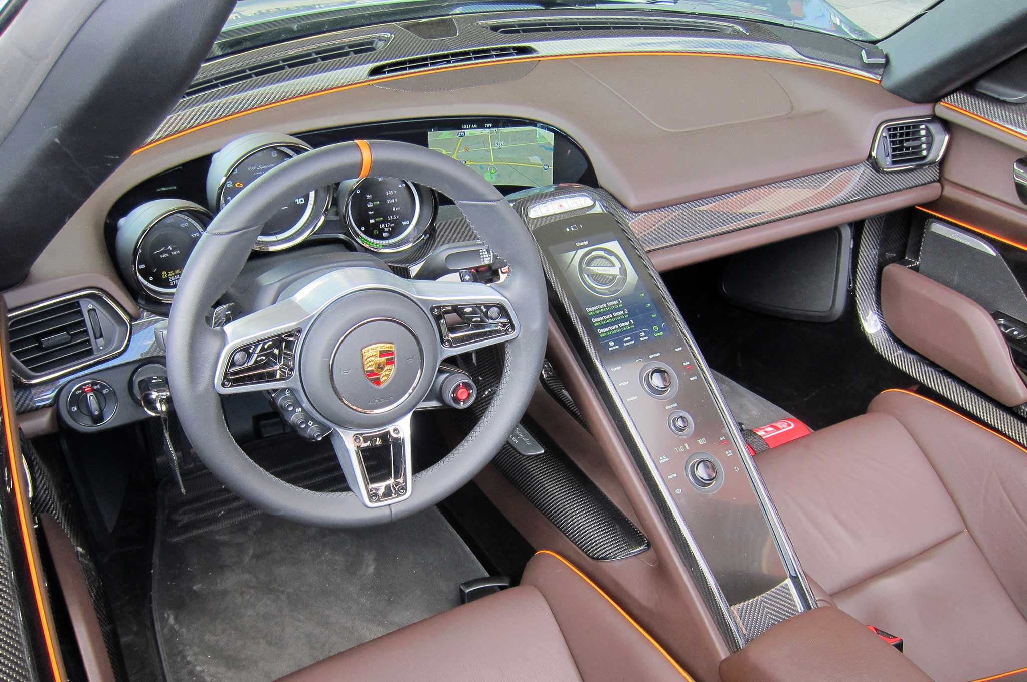 S1nn Explains The Porsche 918 Spyder Infotainment System