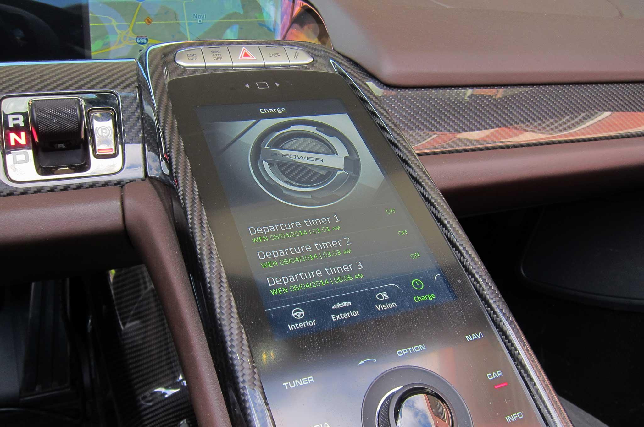 S1nn Explains The Porsche 918 Spyder Infotainment System