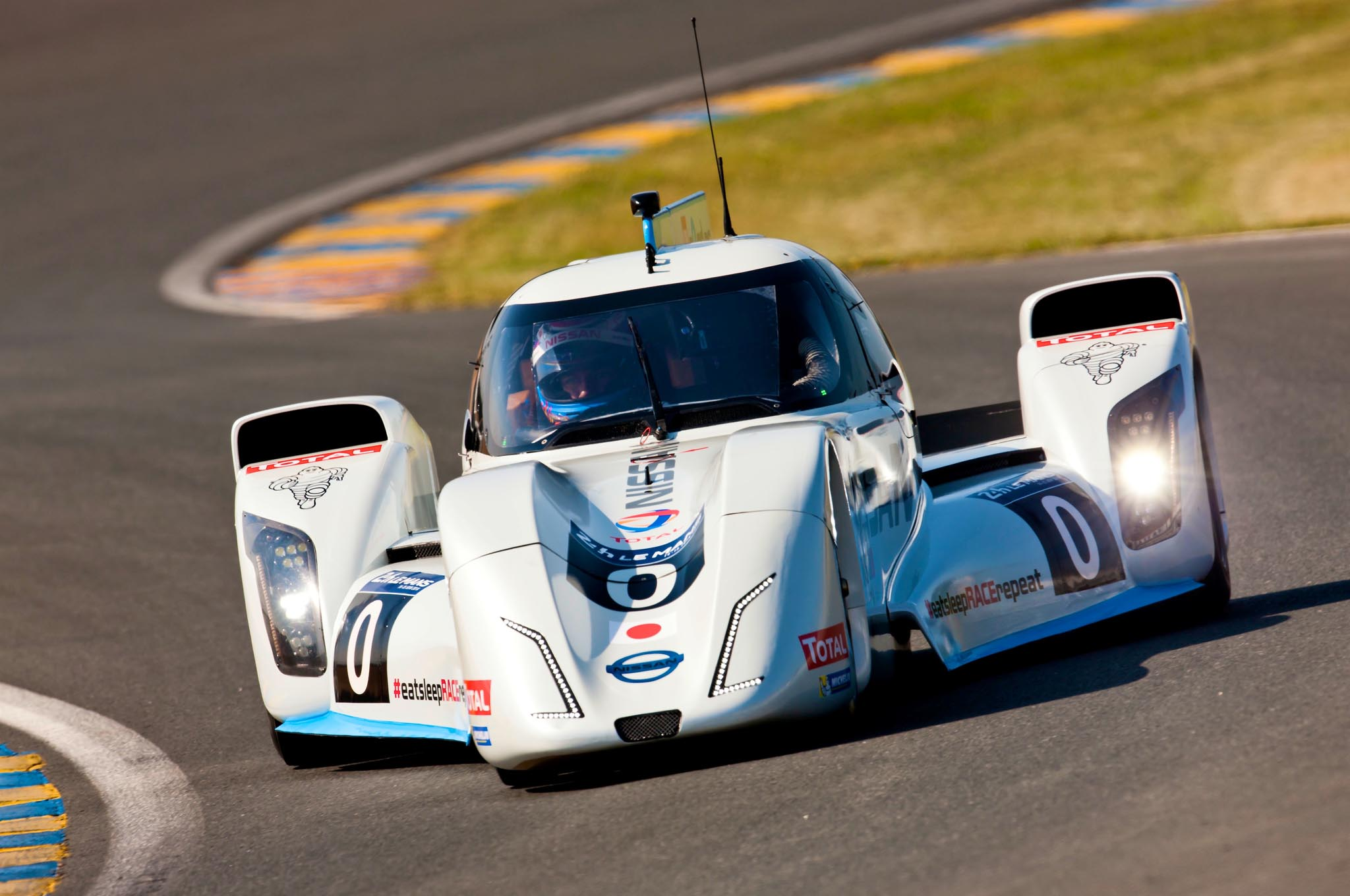 Nissan ZEOD RC to Tackle Le Mans Without Mirrors - Automobile Magazine