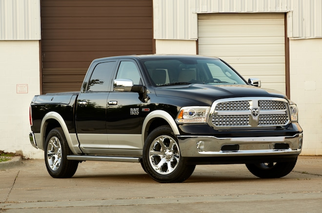 2014 Ram 1500 Front Three Quarters 021