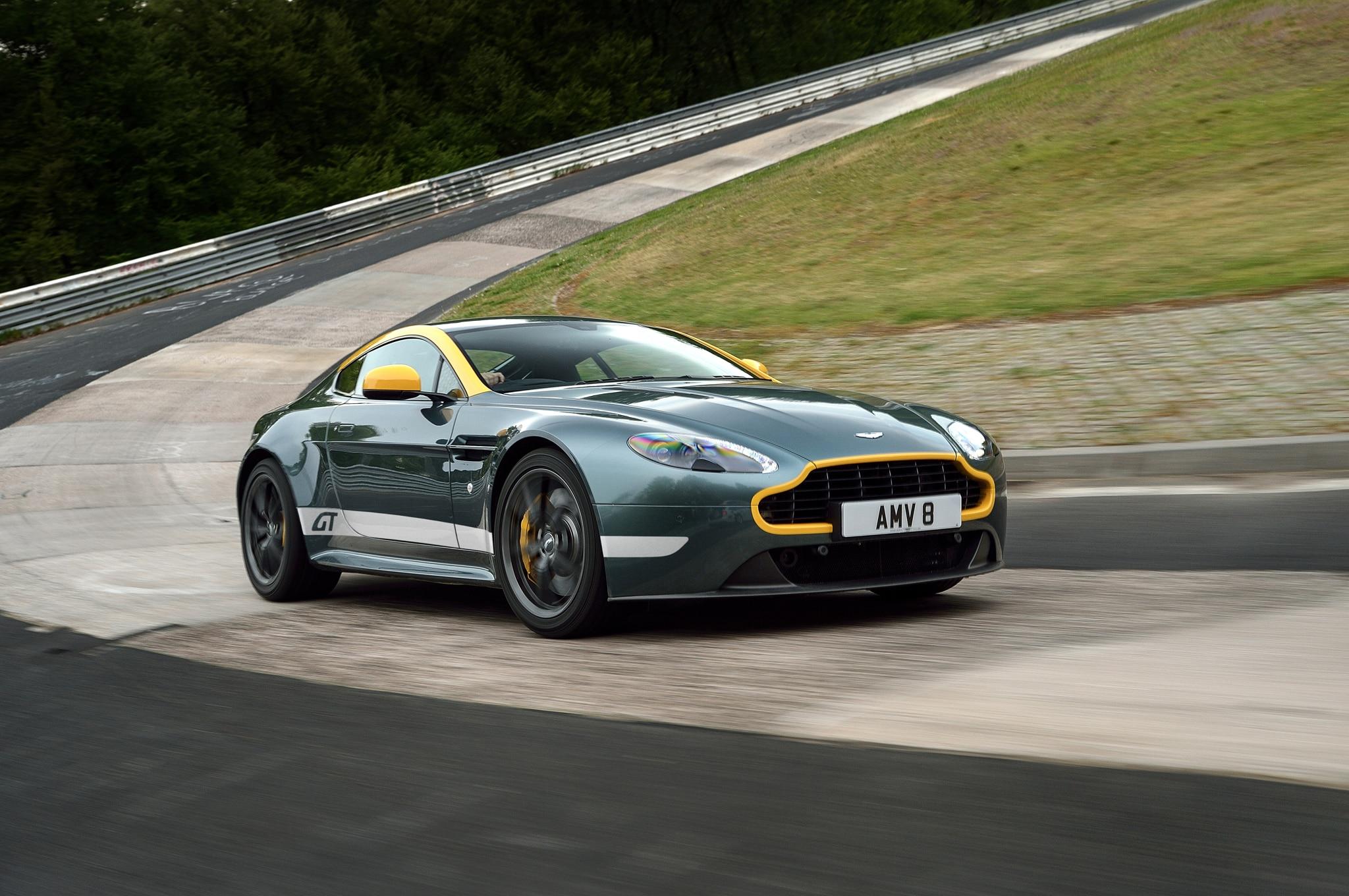 2015 Aston Martin V8 Vantage GT Front Three Quarter In Motion 06