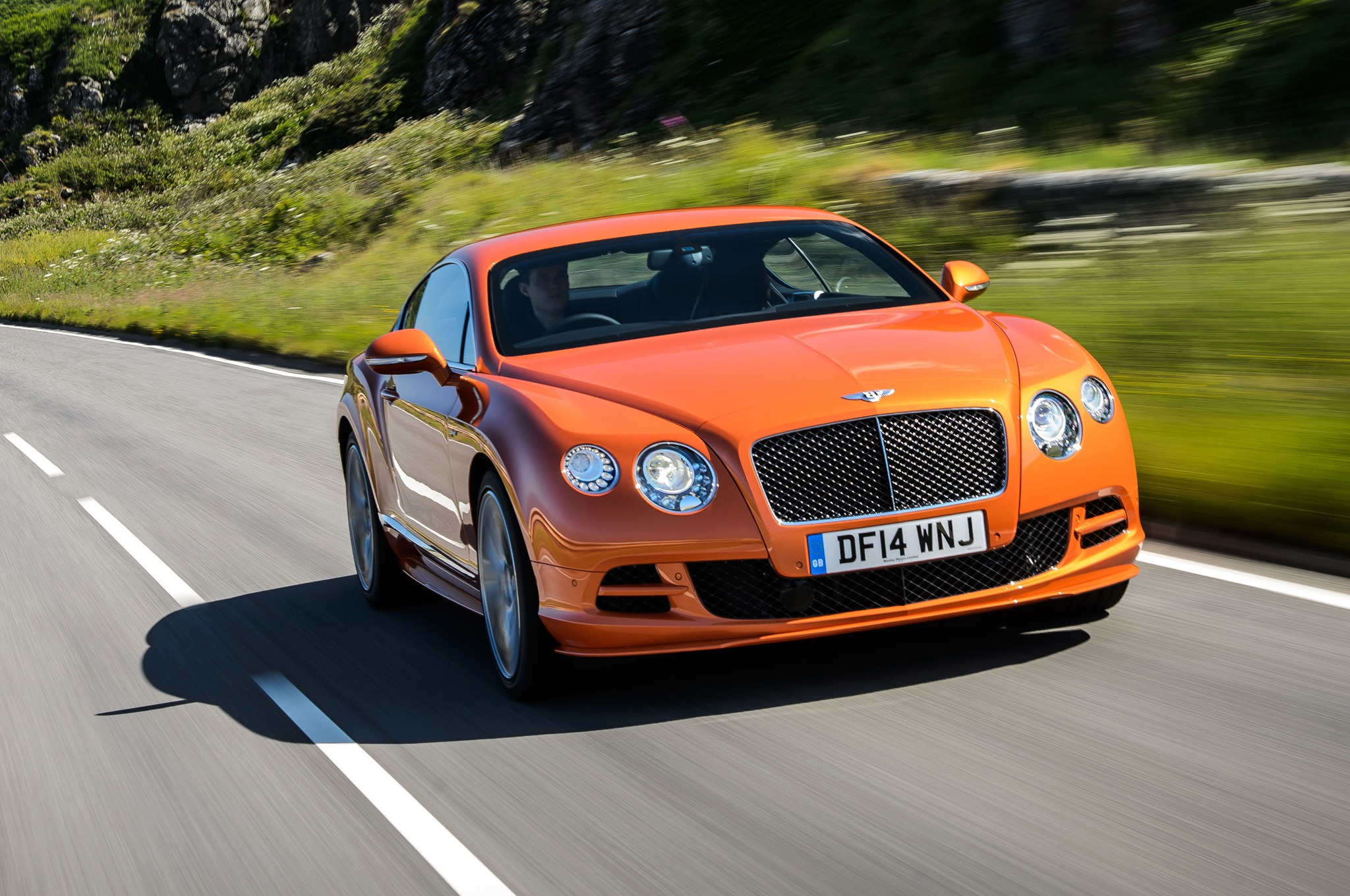 2015 Bentley Continental GT Speed Coupe Front End In Motion 041