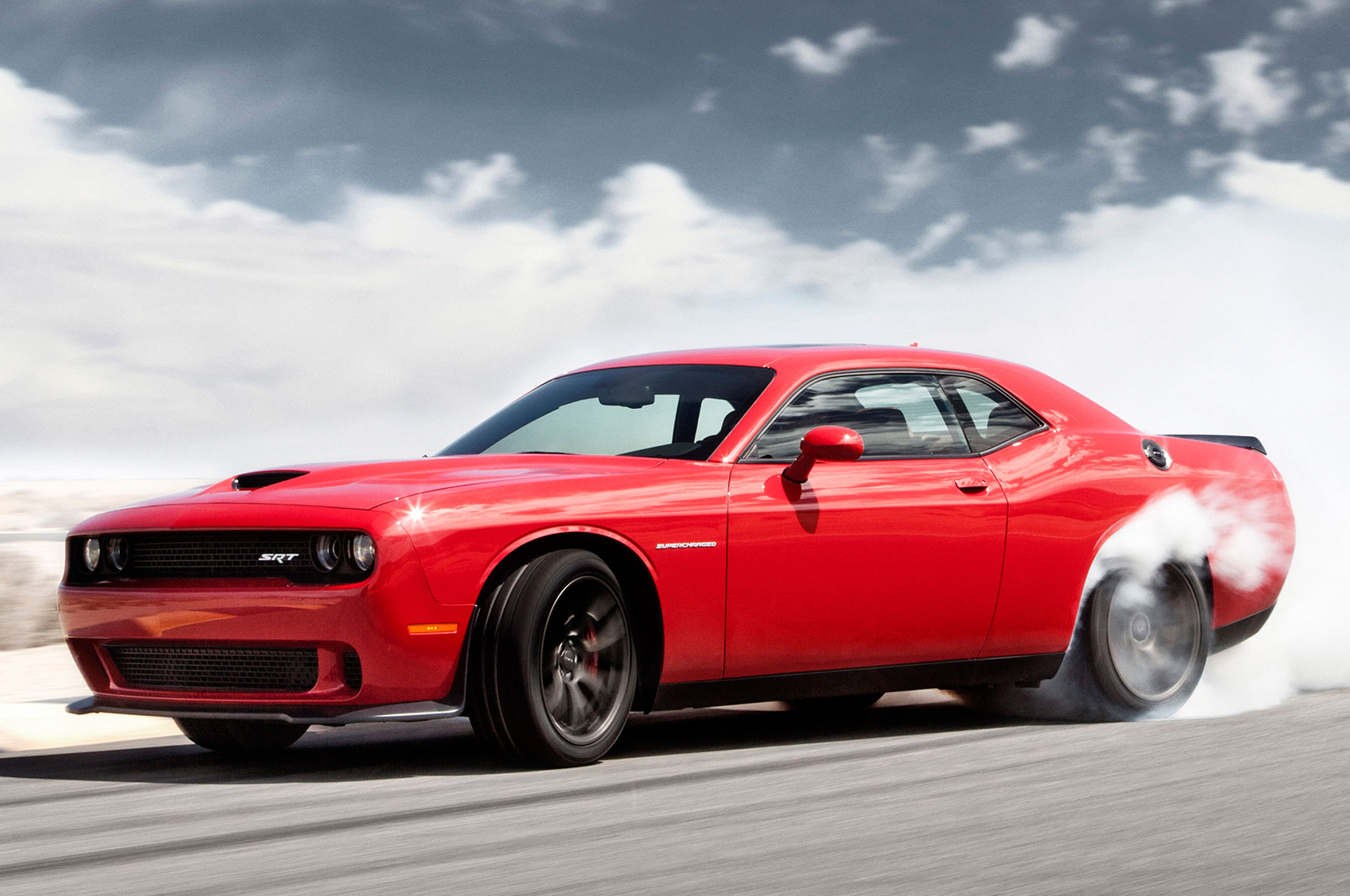 2016 Dodge Challenger Hellcat Wallpaper >> 2015 Dodge Challenger Srt Hellcat Makes 707 Hp