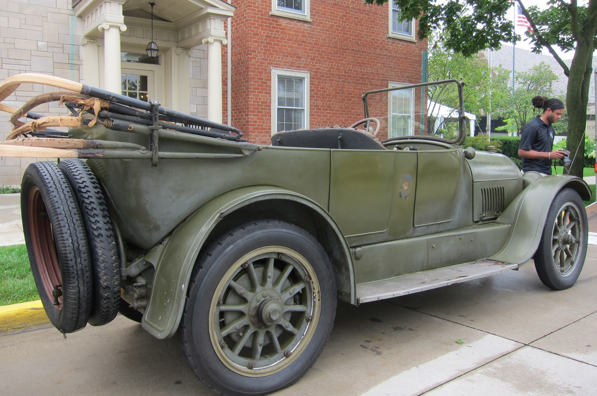 1918 Cadillac Type 57 Rear Side