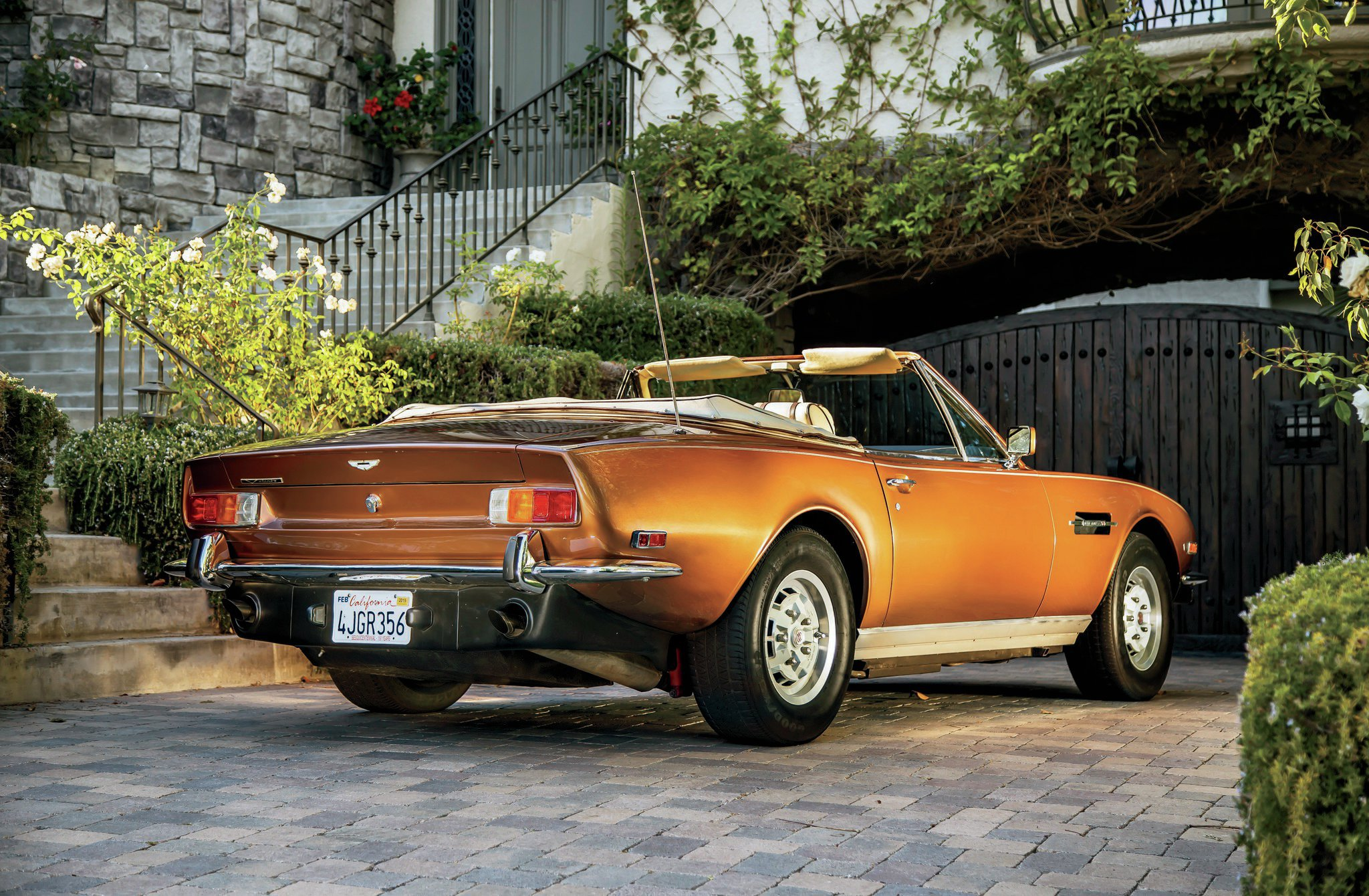 Collectible classic 1972 1989 aston martin v8