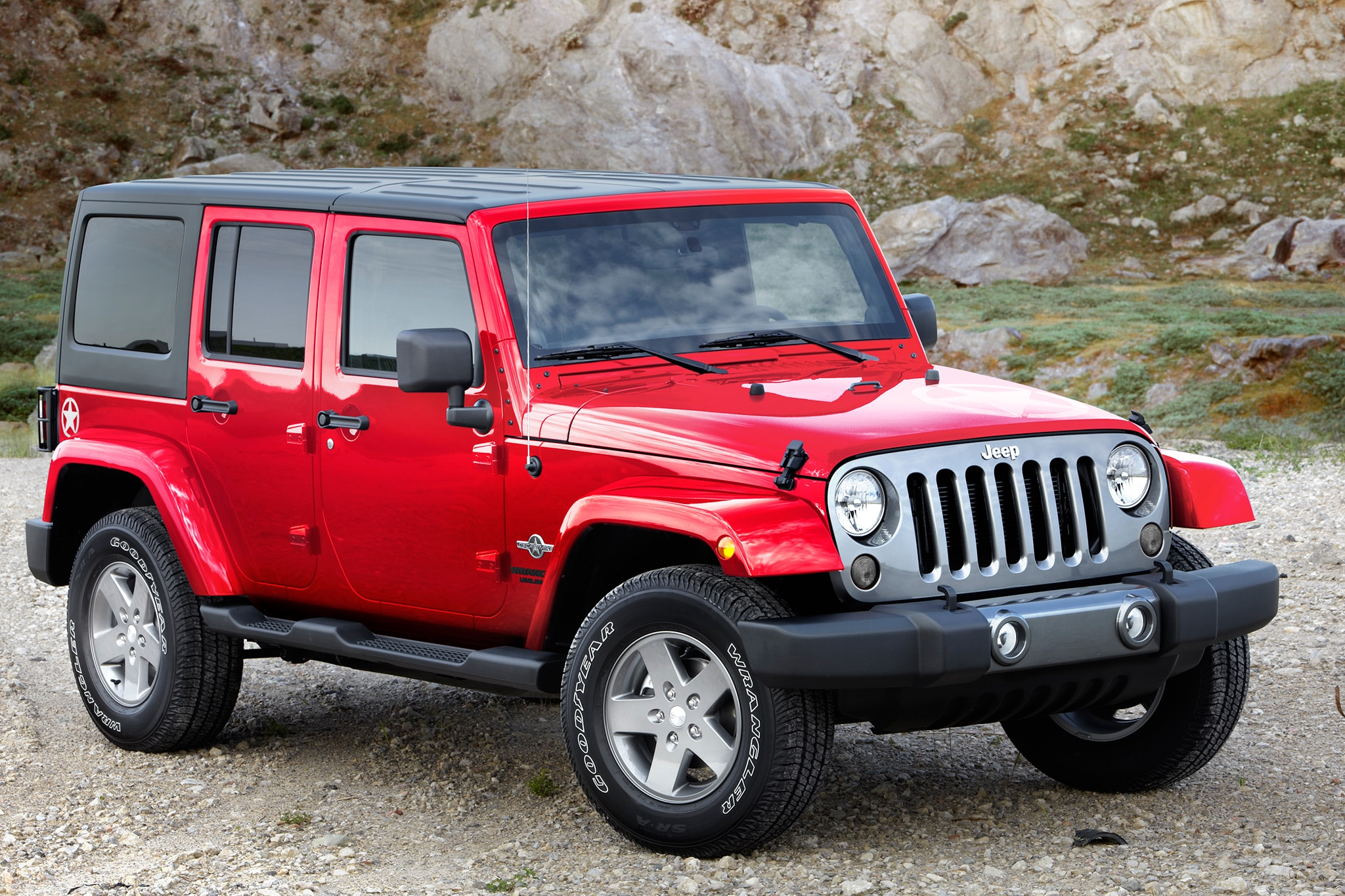2014 Jeep Wrangler Unlimited Three Quarters Above1