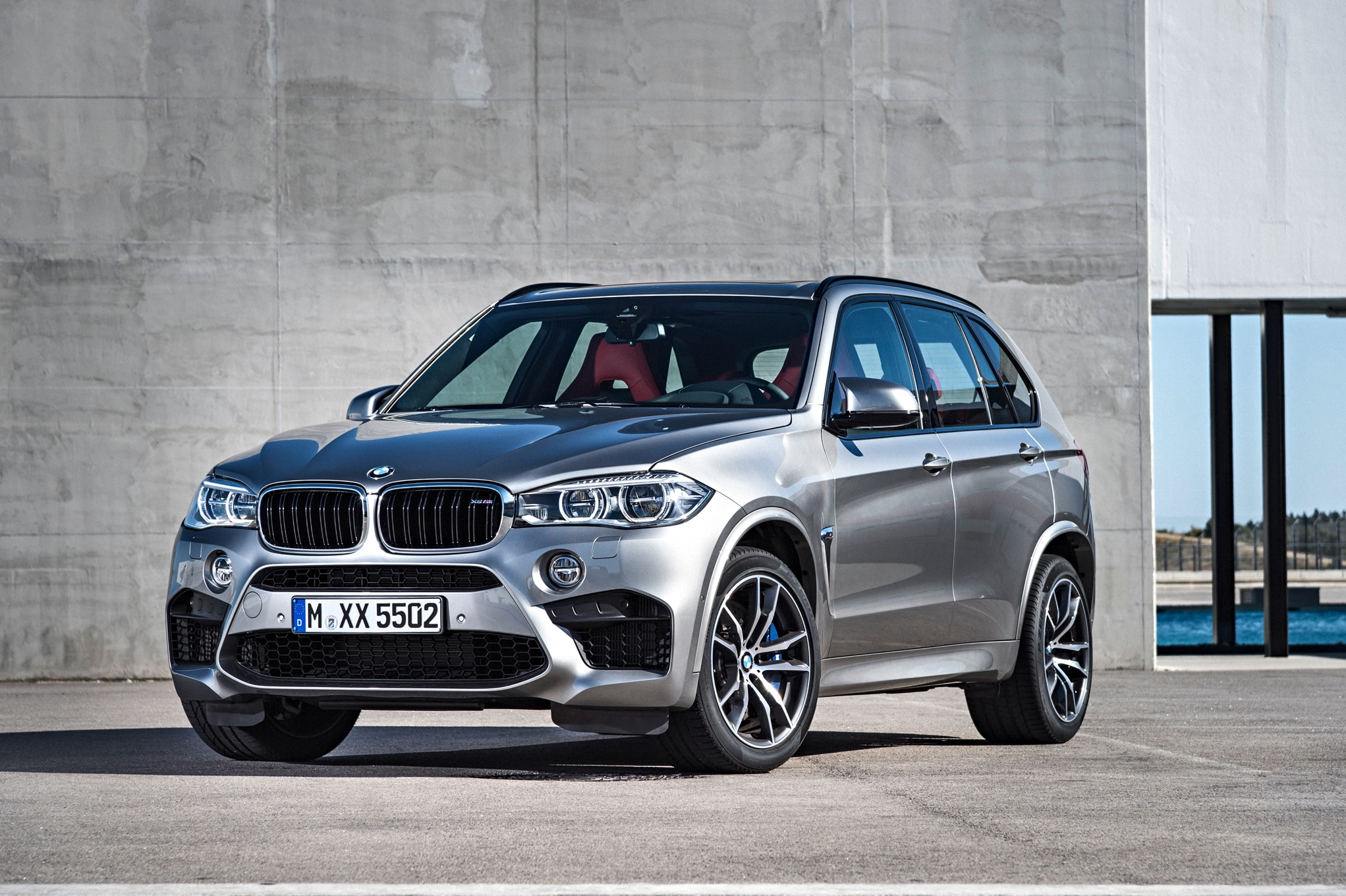 2015 BMW X5 M Front Three Quarters