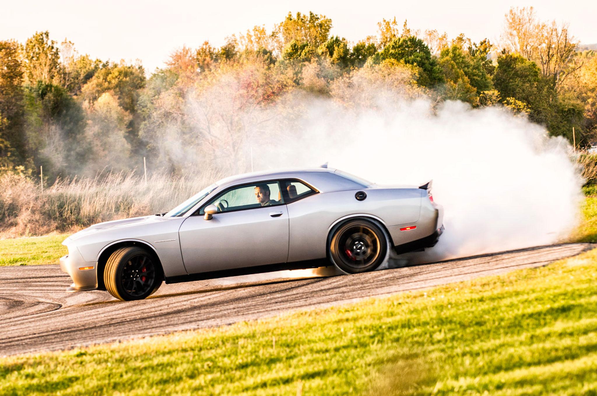 A 20 Second Burnout In A 2015 Dodge Challenger Srt Hellcat