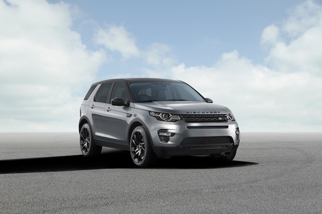 2015 Land Rover Discovery Sport Front Three Quarter1
