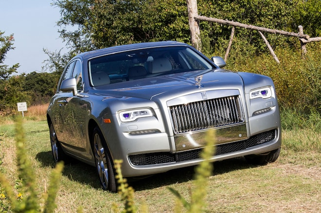 2015 Rolls Royce Ghost Series II Front Three Quarter View 2