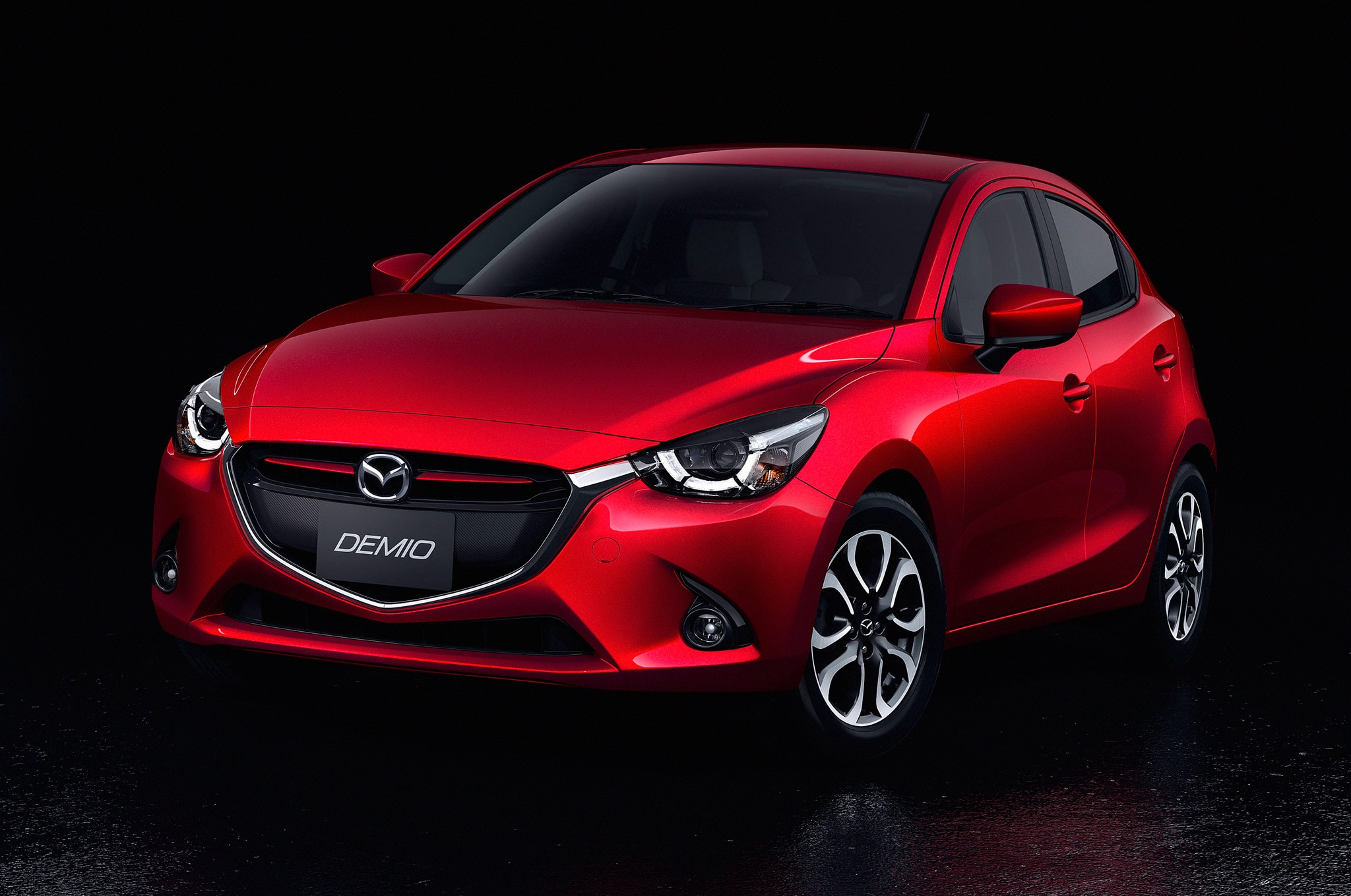 2016 Mazda2 Japanese Spec Front Side View Posing1
