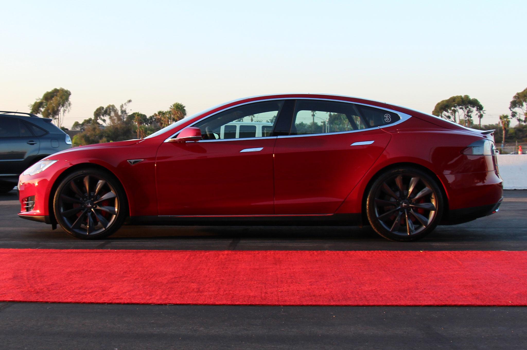 Tesla Model S P85D Side