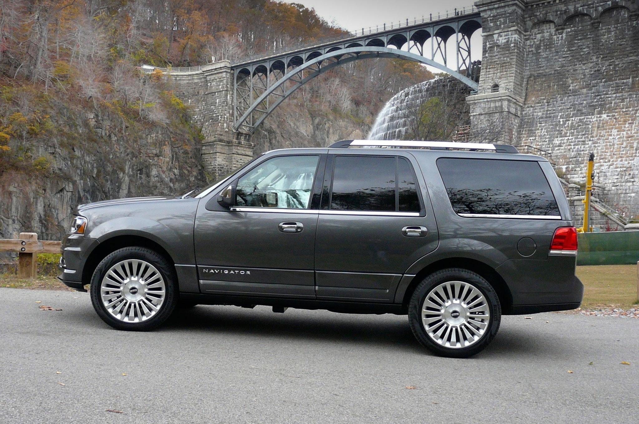 2015 Lincoln Navigator Profile Static