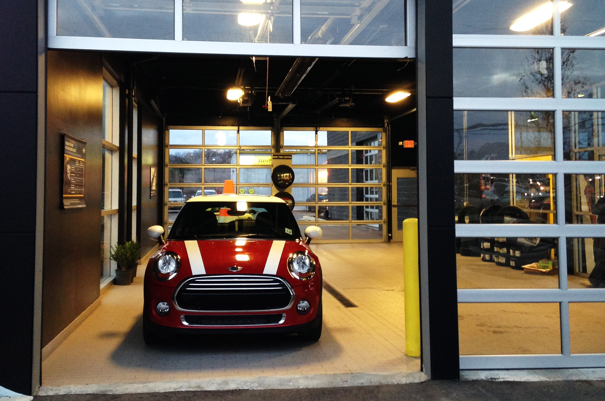 Mini Cooper Dealers >> 2014 Mini Cooper Friendly Dealers Real World Mpg Photo Gallery
