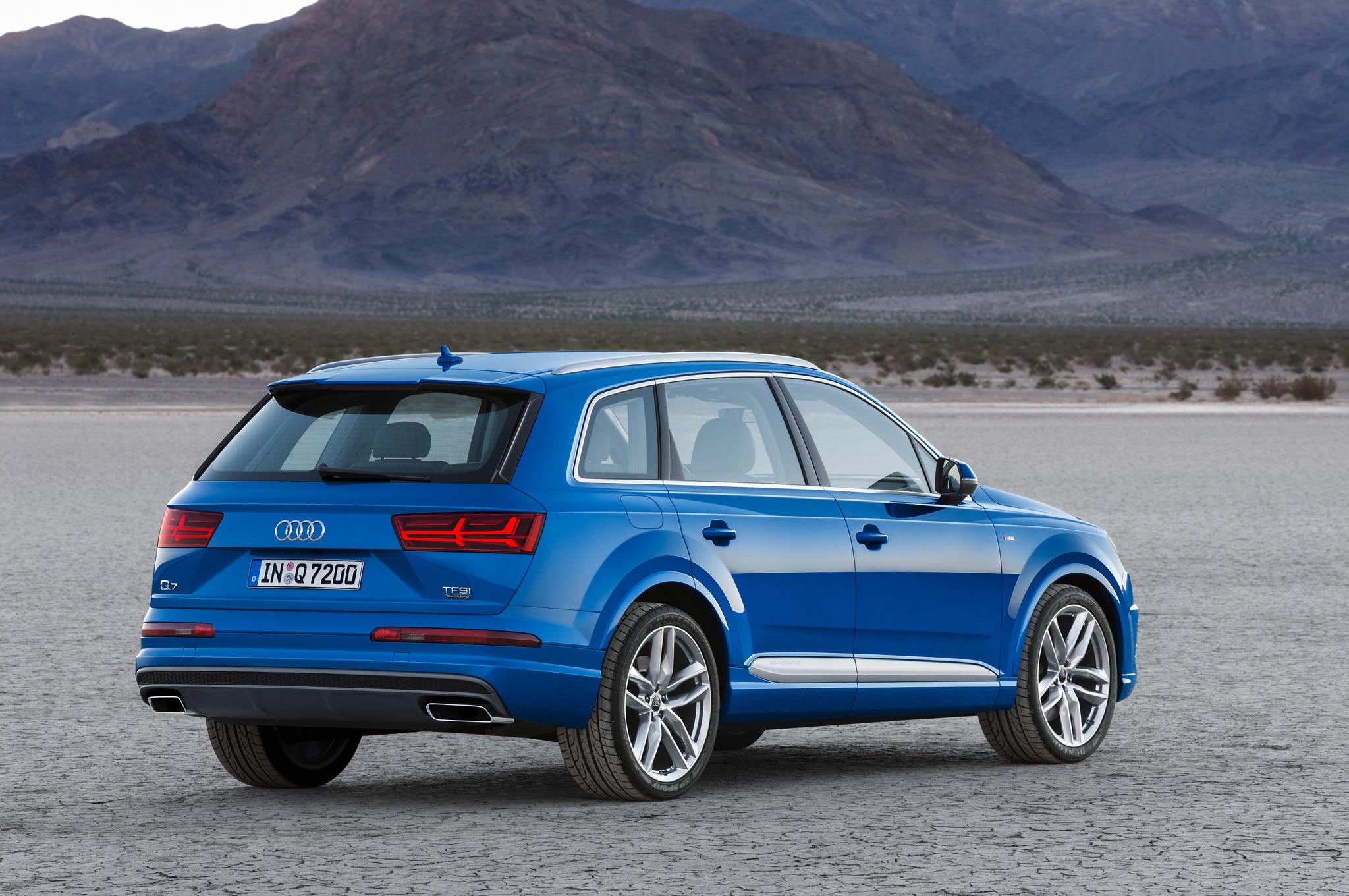 2016 Audi Q7 Features New 3D Sound System