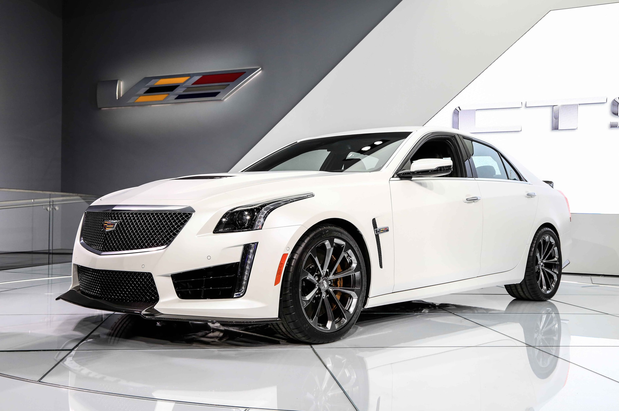 2016 Cadillac CTS V Front Three Quarter