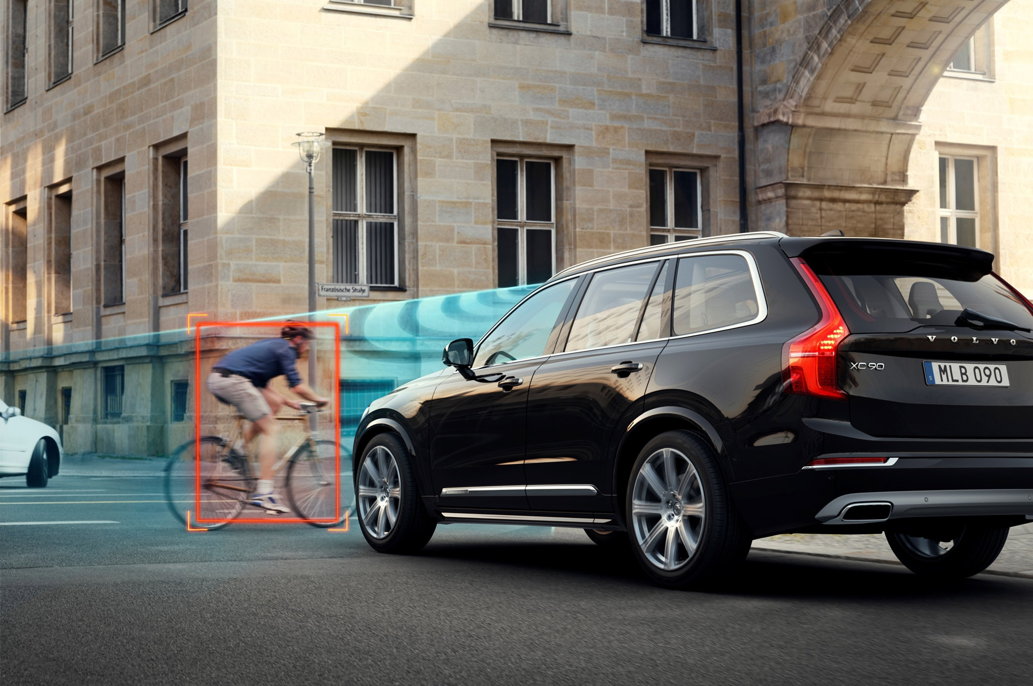 Volvo Xc90 Commercial >> Volvo Demonstrates Active Safety Technologies in Sweden
