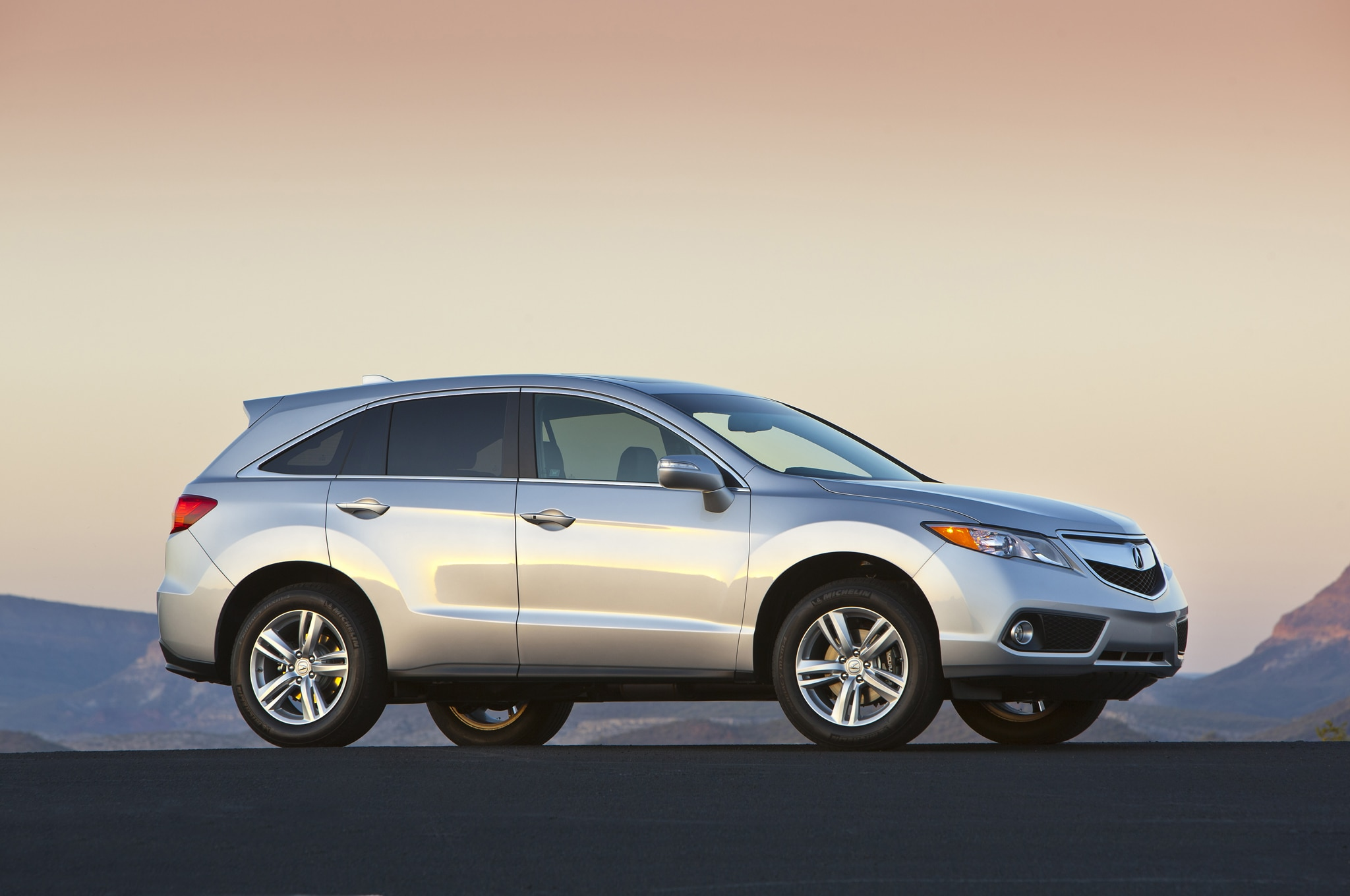 Visual updates to the 2016 Acura RDX ...