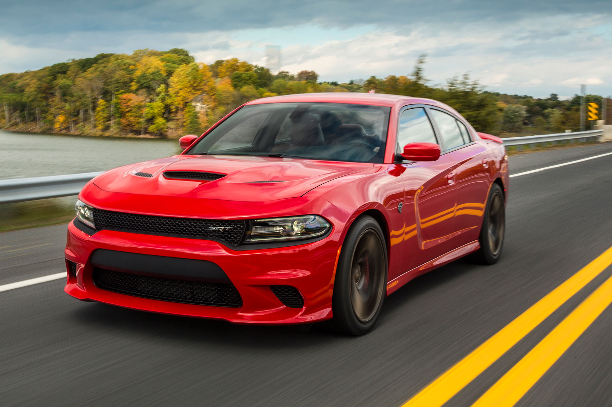 17 Charger Hellcat >> See And Hear The 2015 Dodge Charger Srt Hellcat At Top Speed