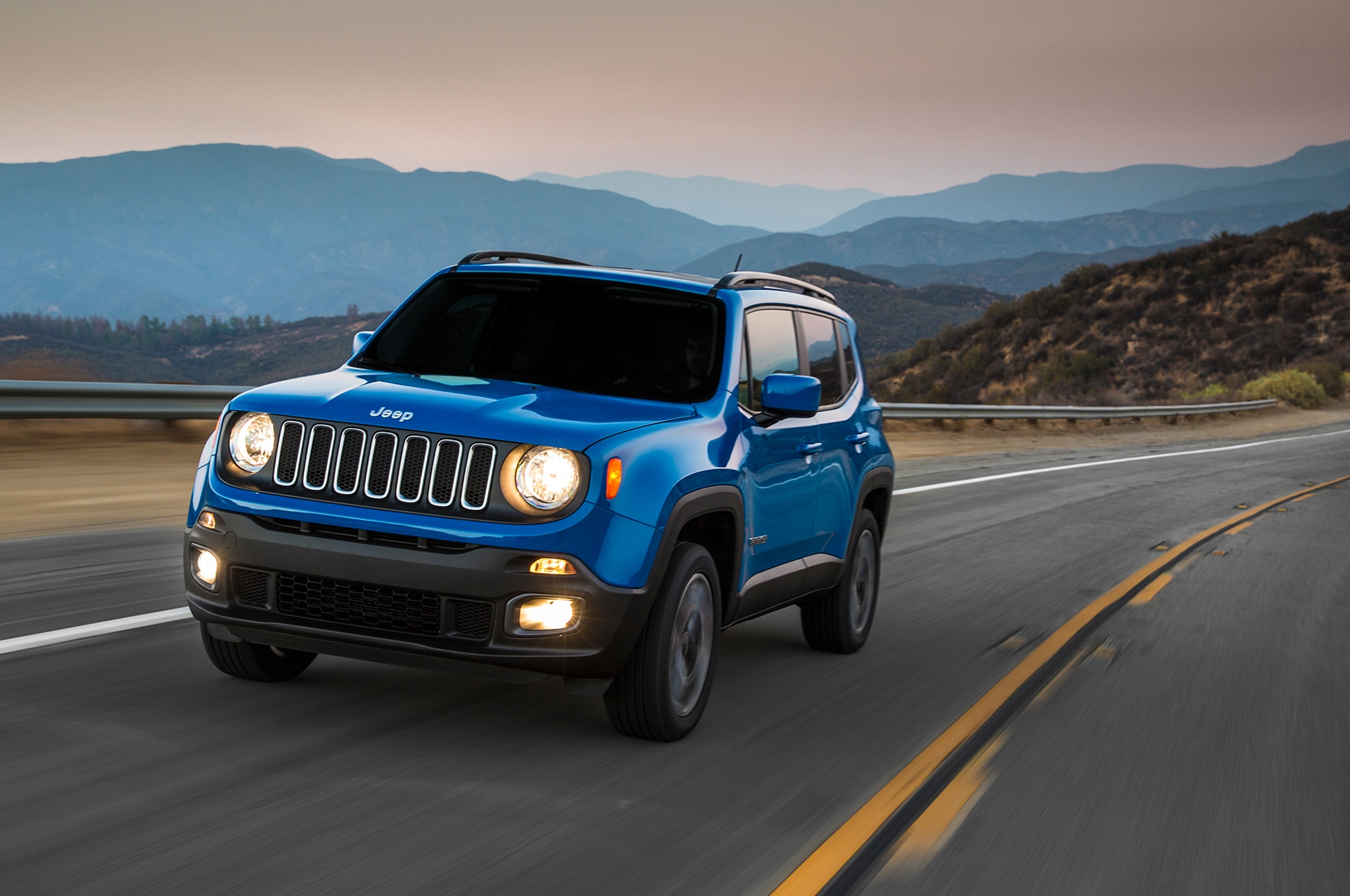 2015 Jeep Renegade Latitude Front Three Quarter In Motion 2