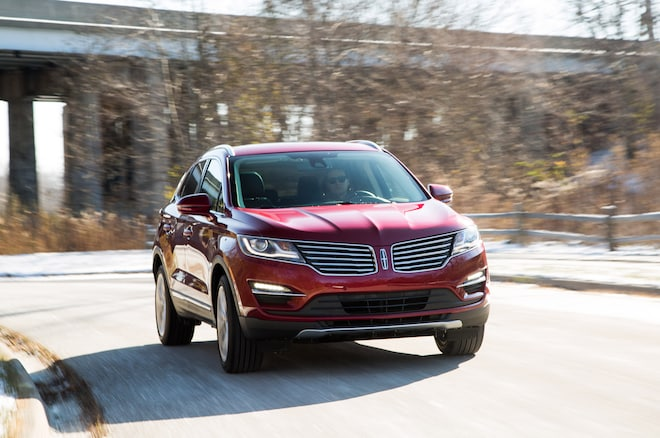 2015 Lincoln MKC Front Three Quarter In Motion 2