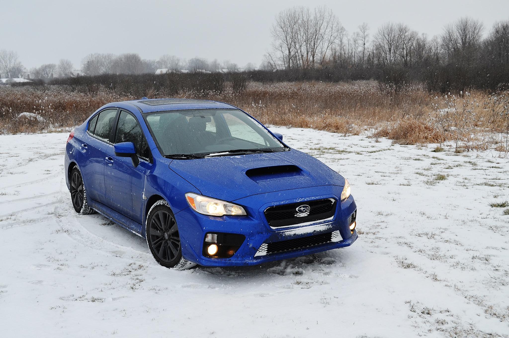 2015 Subaru WRX Premium Front Three Quarter 01
