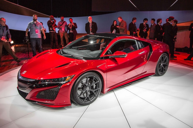 2016 Acura NSX Shows Its Fierce New 550+ HP Face in Detroit