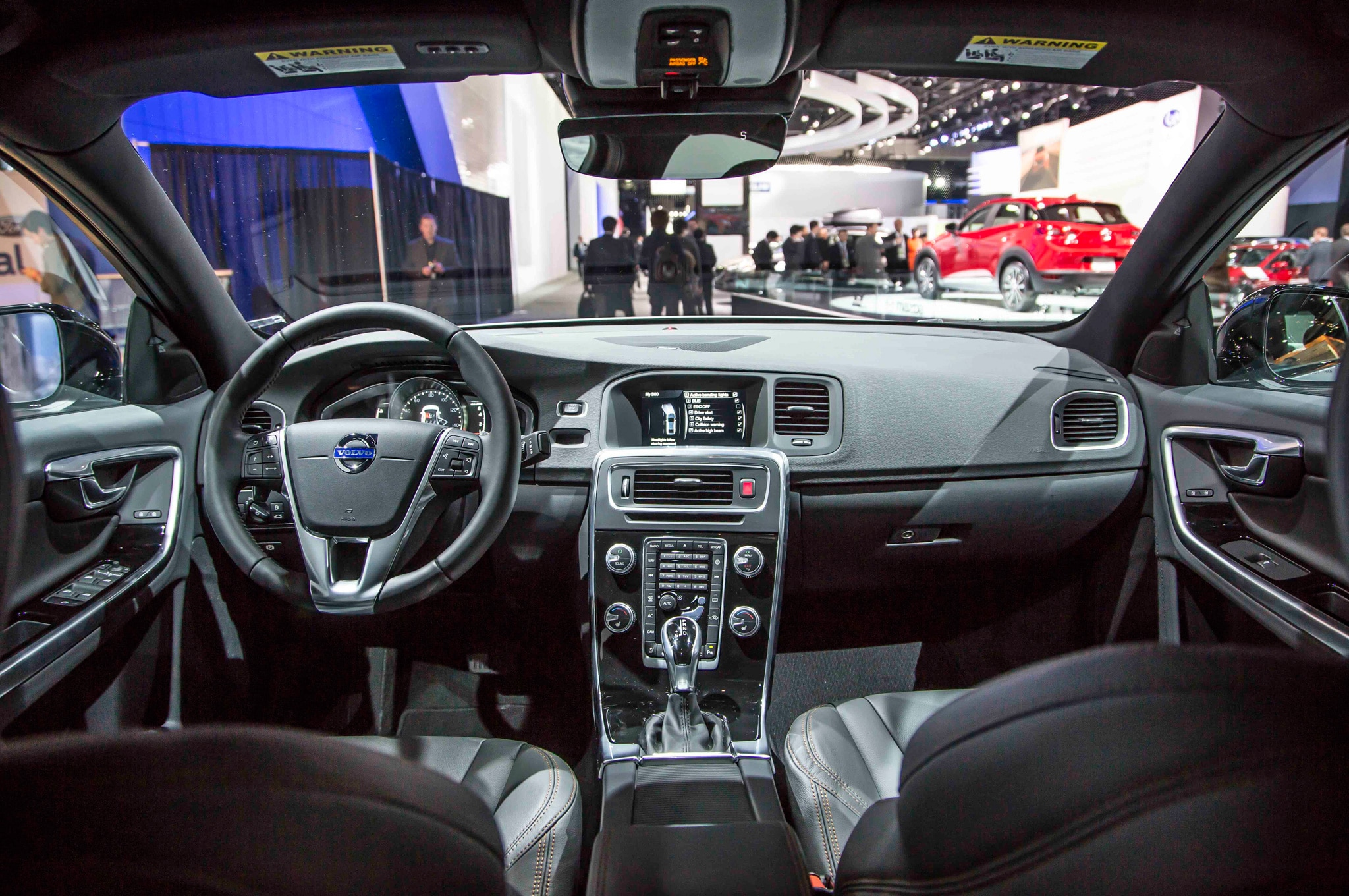 2015 Volvo S60 0 60 >> 2016 Volvo S60 Cross Country Debuts at Detroit Auto Show