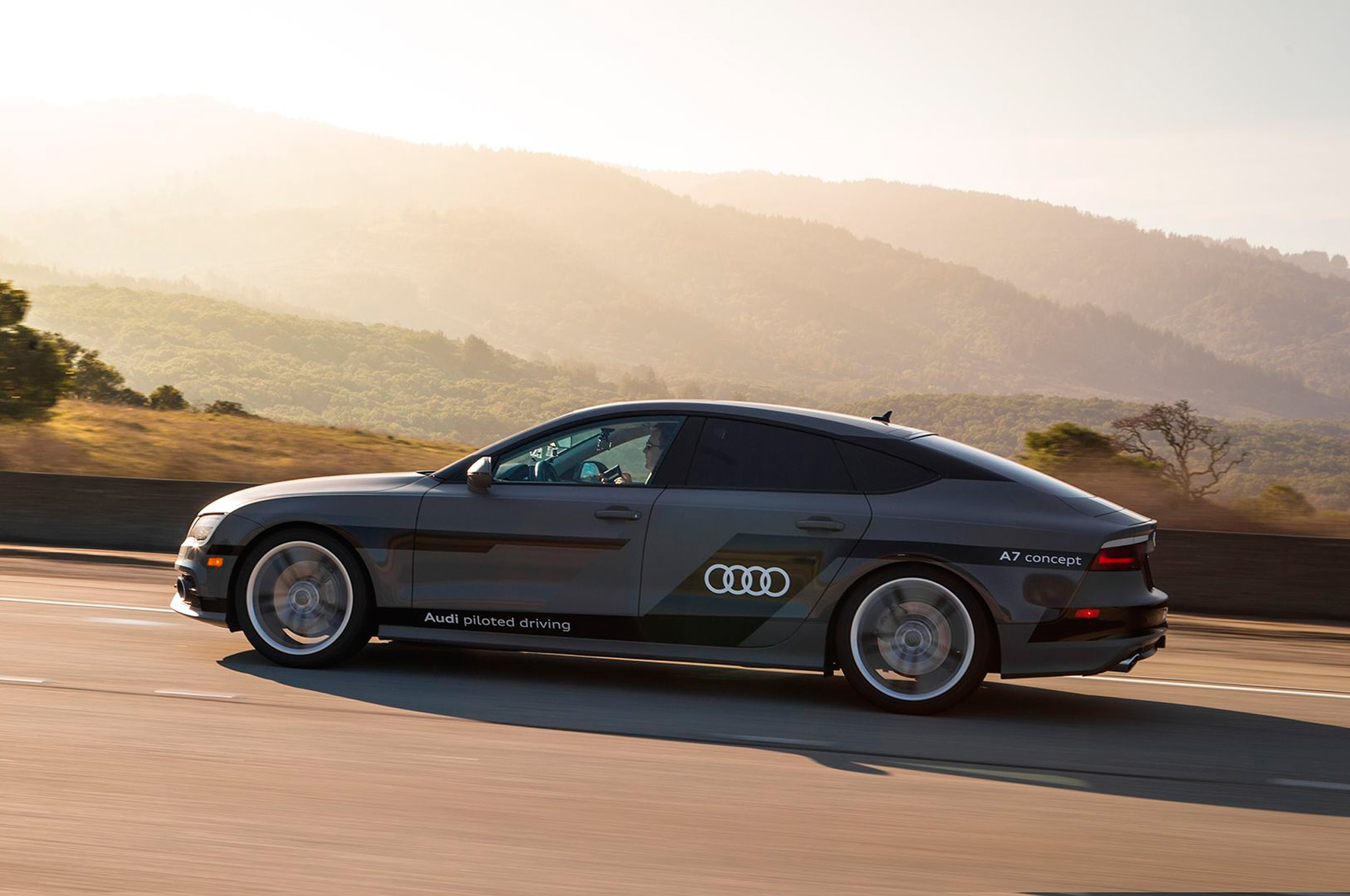 Audi A7 Sportback Piloted Driving Concept Side Profile
