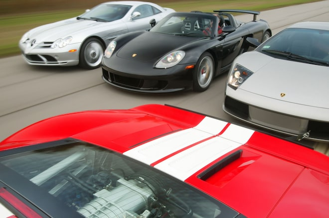 Ford GT Vs