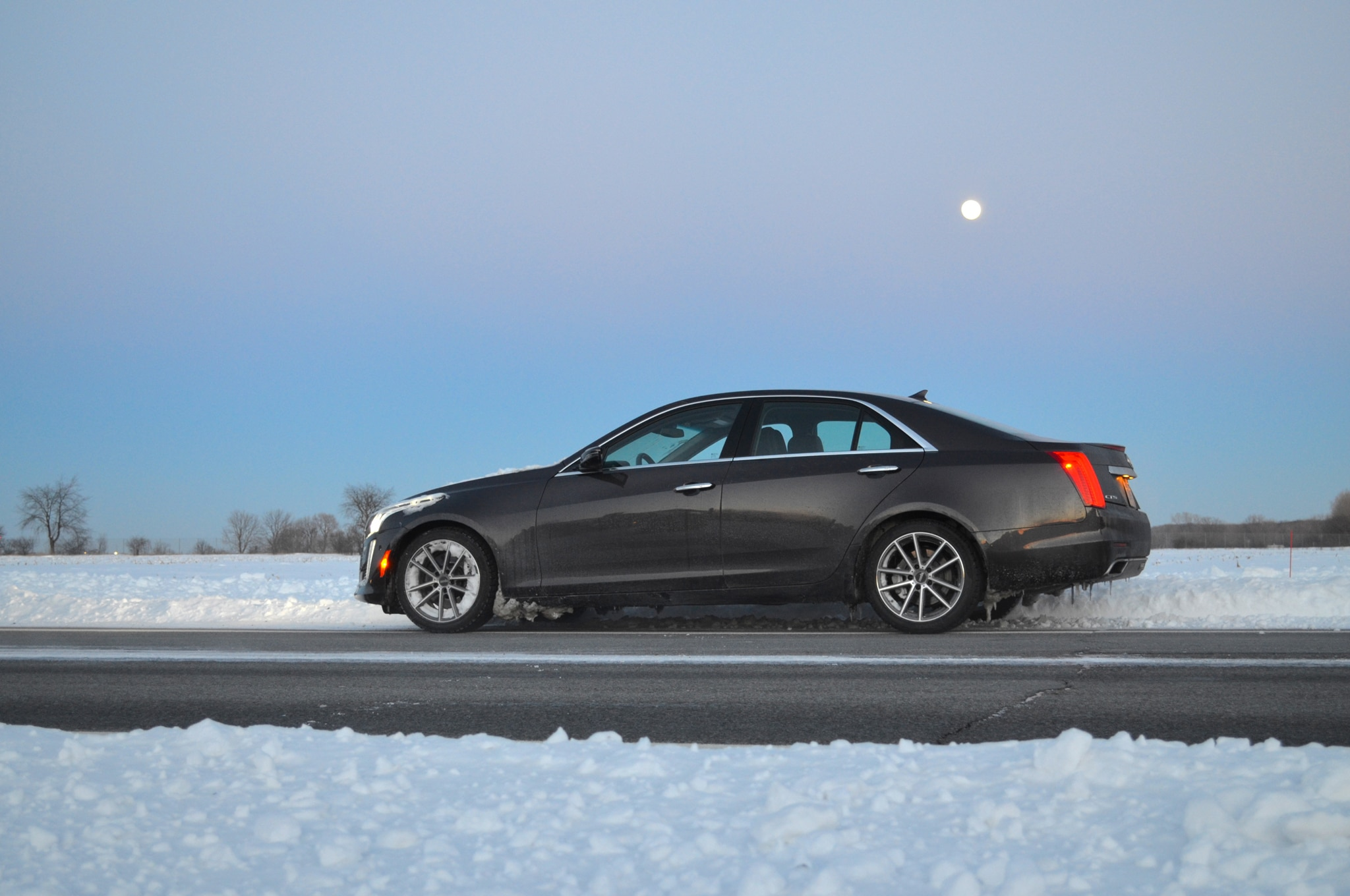 2014 Cadillac CTS Vsport Side Profile 02