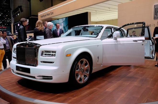 Rolls Royce Phantom Serenity Front Three Quarter2