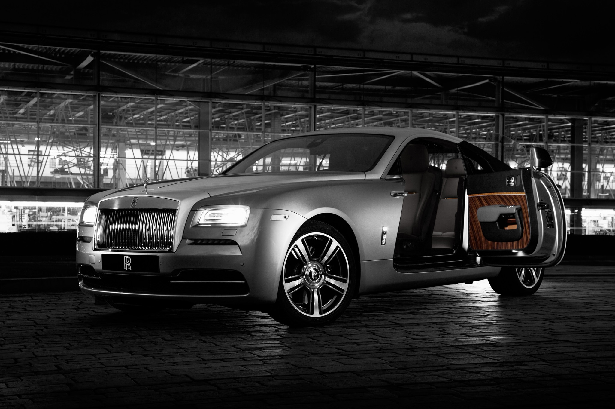 Rolls Royce Wraith Inspired By Film Front Three Quarter1